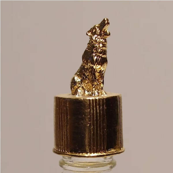 Wolf/Coyote Gold Vial