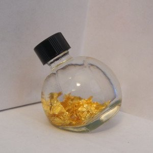 Plain Top Gold Vial